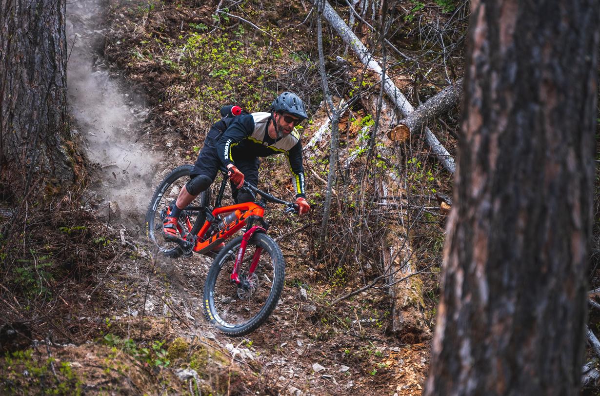 Noah Bodman reviews CushCore Pro tire inserts for Blister