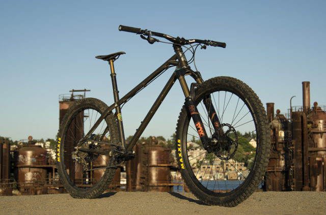 David Golay reviews the BTR Ranger 27.5 for Blister