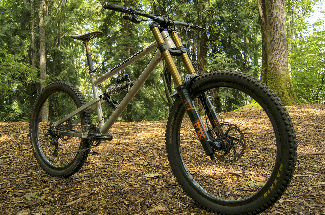 David Golay reviews the Nicolai / Geometron G16 Mojo Special Edition bike for Blister