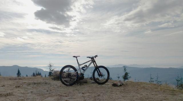 David Golay reviews the Nicolai / Geometron G16 Mojo Special Edition bike for Blister
