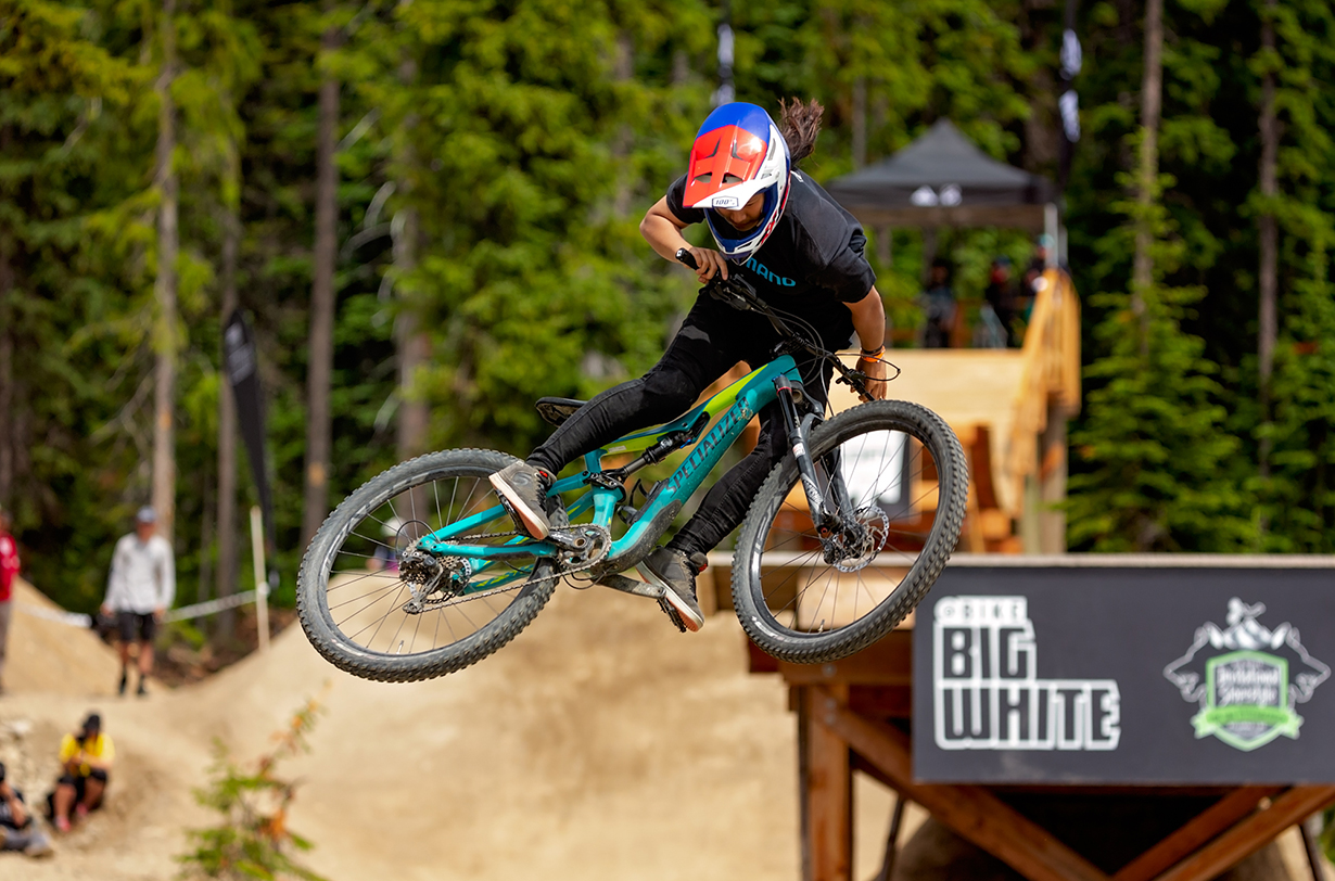 Jonathan Ellsworth talks with Ming Goetz about her promising Slopestyle mountain biking career on the Blister Podcast.