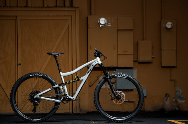 Blister breaks down the details on the 2020 Ibis Ripmo AF.
