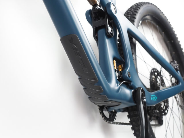 David Golay reviews the Yeti SB130 for Blister