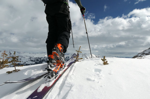 Luke Koppa & Eric Freson review Daymakers Alpine Touring Adapters for Blister.