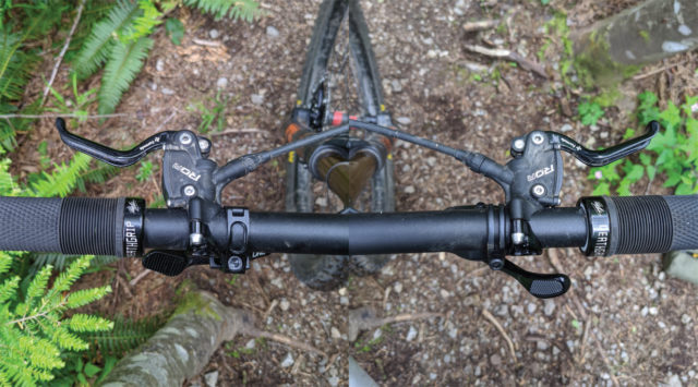 David Golay reviews the OneUp Dropper Post V2 for Blister