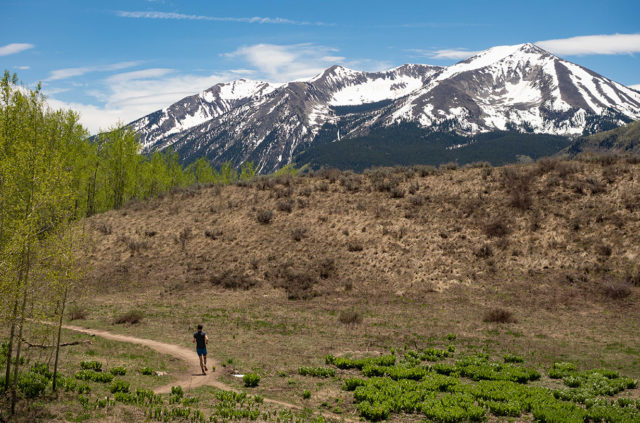 Gordon Gianniny reviews the Salomon S/Lab Sense 8 for Blister in Crested Butte, Colorado.