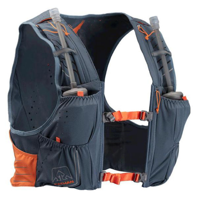 Gordon Gianniny reviews the Nathan VaporKrar 2.0 4L Race Vest for Blister in Crested Butte, Colorado.