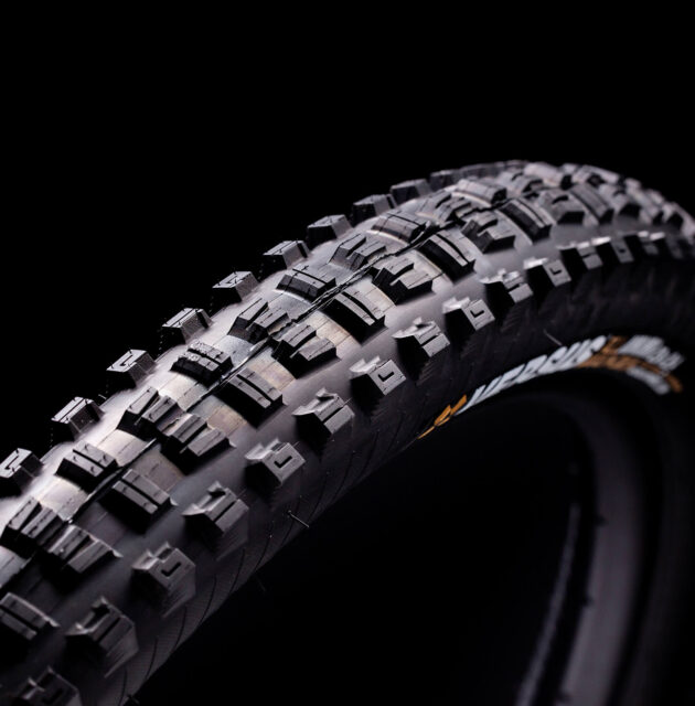 Mountain Bike Tires: A Guide & Comparisons, BLISTER