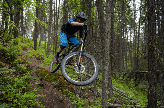 Noah Bodman reviews the Fox 38 Fork and compares it to the Fox 36 & Rockshox Lyrik for Blister