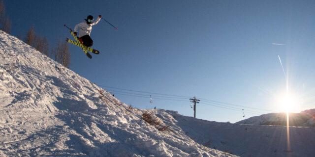 On Blister's GEAR:30 Podcast, Luke Koppa and Jonathan Ellsworth discuss the ski gear that impressed them the most during 2020, the new 4FRNT Devastator, Sego Big Horn 106, Renoun Endurance 88, Elan Wingman 86 CTi, and more