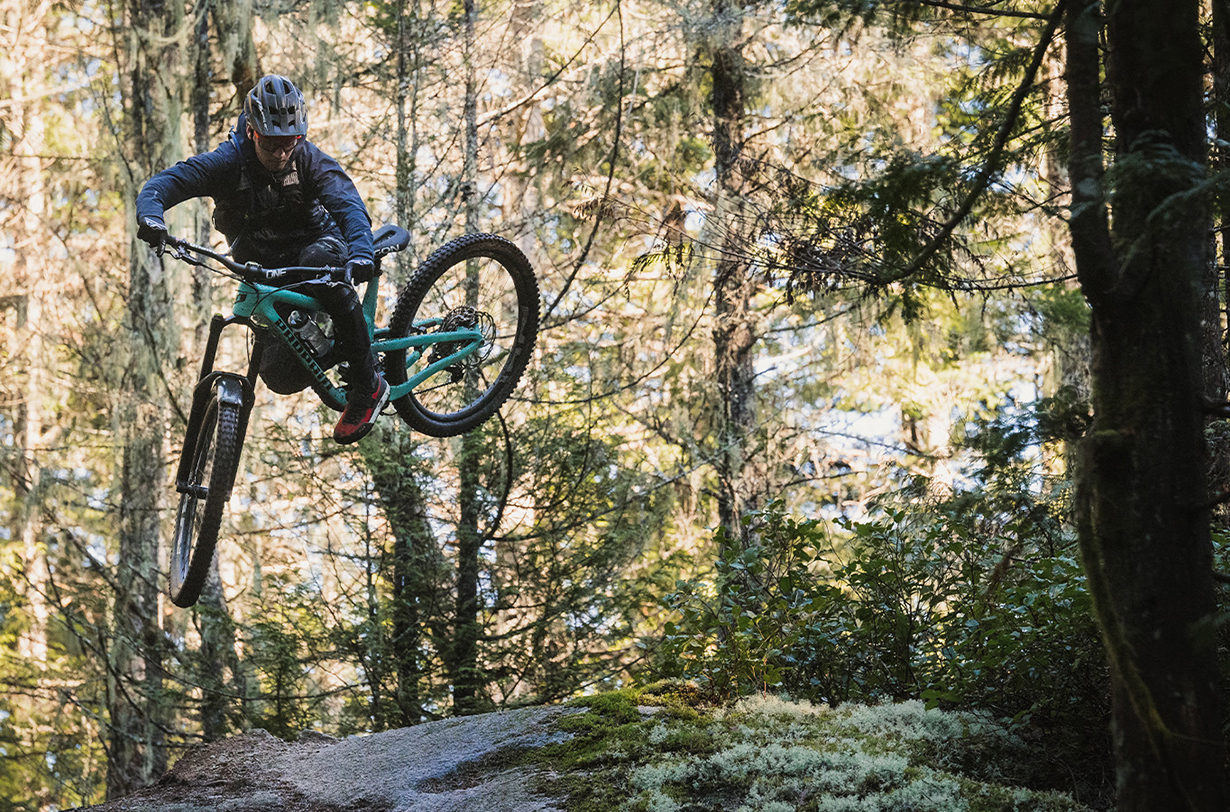 Rémy Métailler goes on Blister's Bikes & Big Ideas podcast to discuss his move to Propain cycles, his thoughts on mullet bikes, his biking background, his move to Whistler, his YouTube channel, plans for 2021, and much more