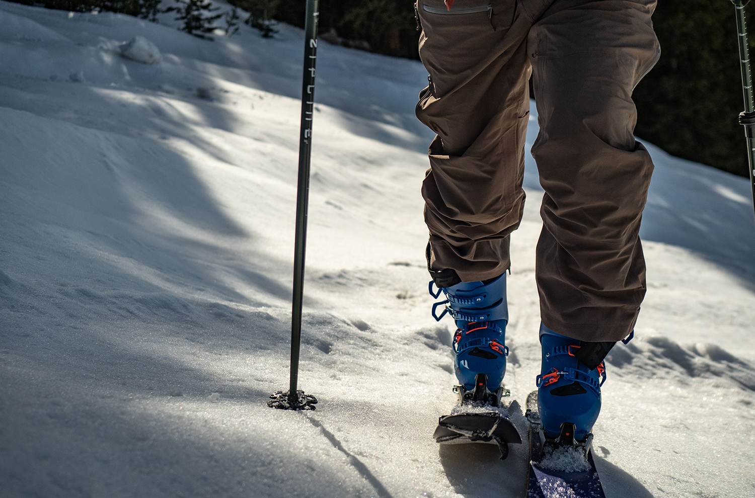 On Blister's GEAR:30 podcast, Jonathan Ellsworth and Blacksheep Sports' Sebastian Steinbach discuss a number of alpine touring products, including the Lange XT3 Tour Pro, Tecnica Cochise 130, Dalbello Quantum Free 130, Moment Wildcat Tour 108, Augment AM98, Plum Summit 12 binding, and more
