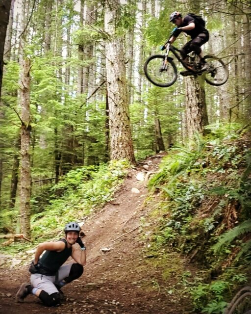 On Blister's Bikes & Big Ideas podcast, We talk to Steve Mathews of Vorsprung Suspension about moving to Whistler and breaking everything in the bike park; studying automotive engineering as the closest thing to getting a degree in bikes; founding Vorsprung and developing suspension products; leprechauns(?); magic bikes(??); and a whole lot more.