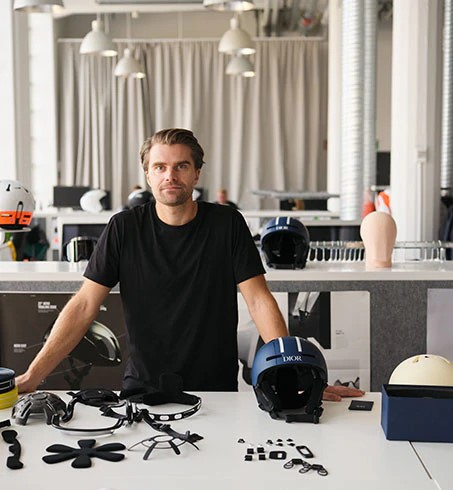 """On Blister's GEAR30 Podcast series on Helmet Technology and R&D, we talk with the Head of Product at POC, Oscar Huss, about headforms — the things they stick into helmets to mimic your head before smashing up helmets in testing; the numerous variables that need to be considered when setting up a way to test """"safety""""; the different considerations that go into designing kids helmets; and more."""