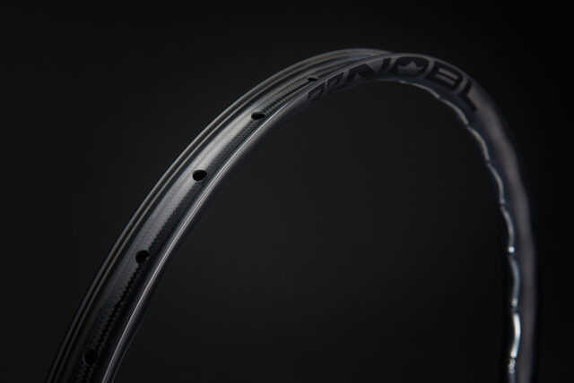 David Golay reviews the Nobl TR37 wheels for Blister